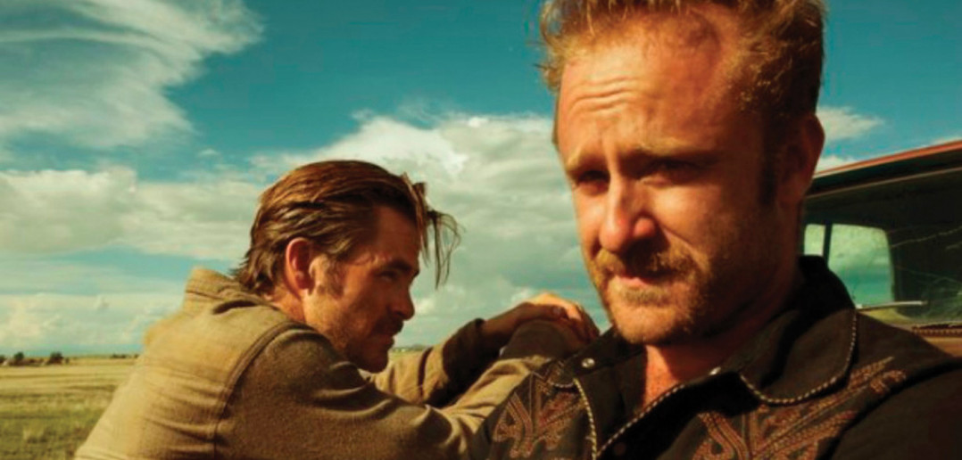 Chris Pine and Ben Foster in Hell or High Water.