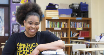 "Making Flint Proud! <span class=""subtitle"">Carmen-Ainsworth Educator Receives Accolades</span>"